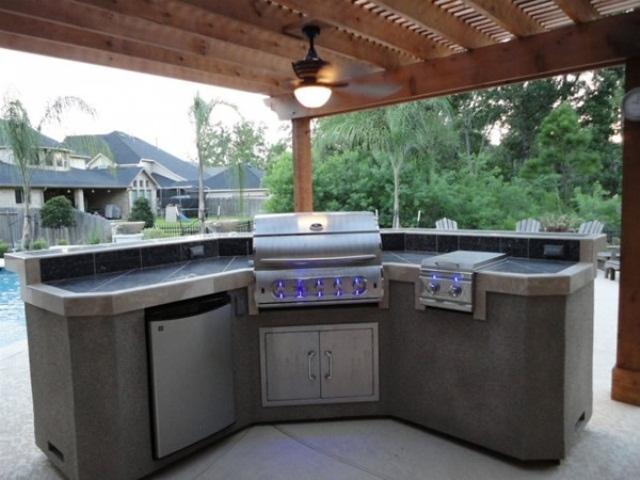picture of cool outdoor kitchen designs