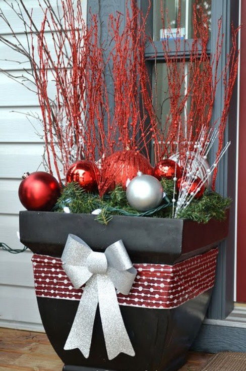 31 cool outside christmas decorations digsdigs - Decoration noel exterieur a fabriquer ...