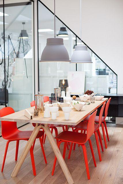 آناقة اللون الاحمر والرمادي ديكورات cool-red-and-grey-ho
