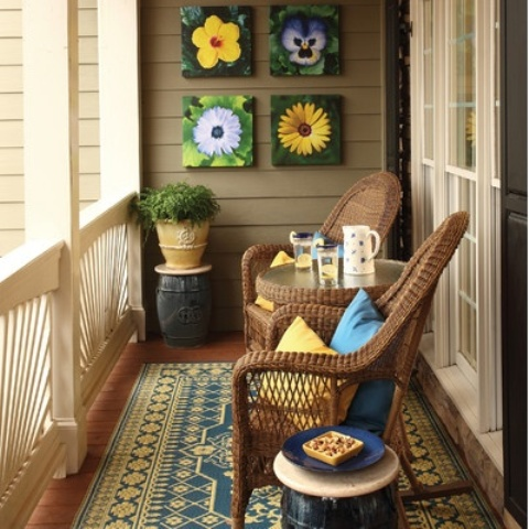 39 cool small front porch design ideas digsdigs for Balcony wall decoration