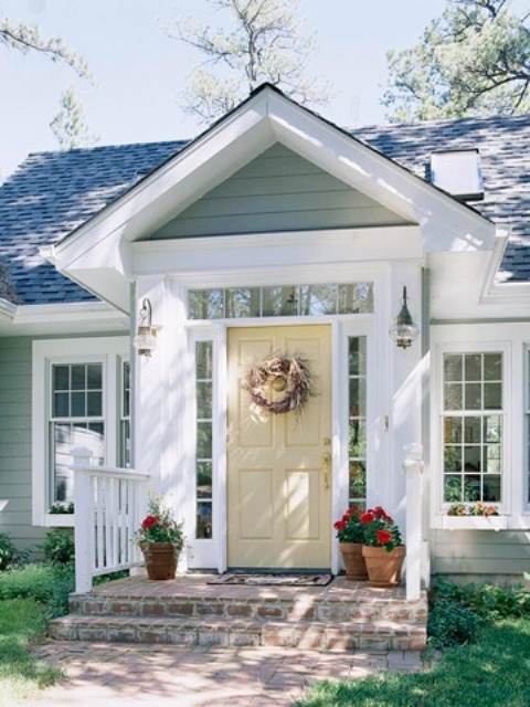 39 cool small front porch design ideas digsdigs - Front door color ideas inspirations can use ...