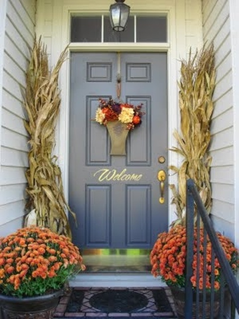 Fall is the best season to make your front door looks inviting.