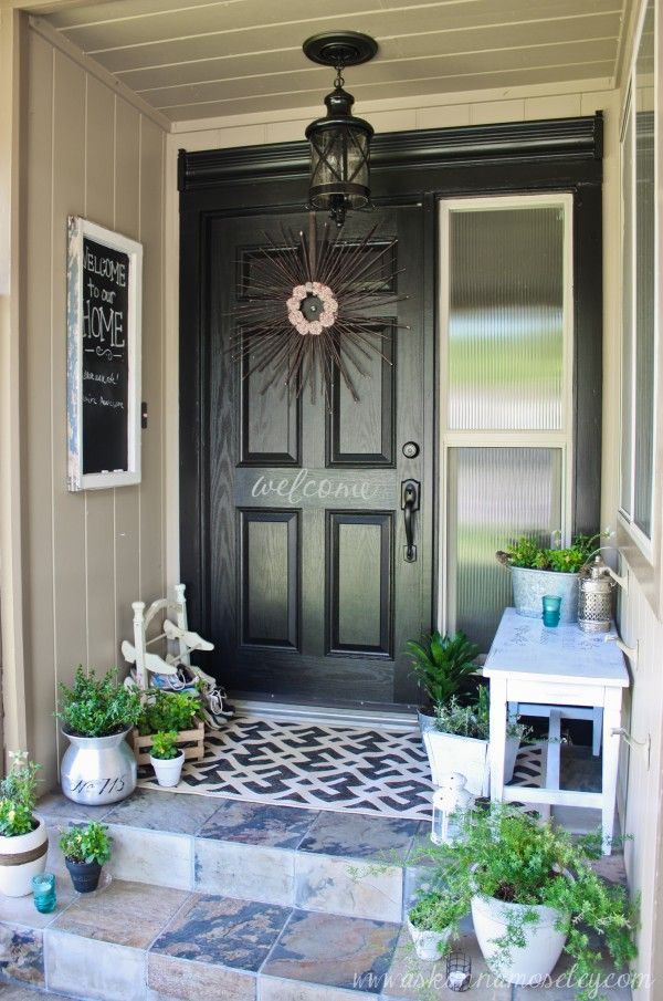 30 cool small front porch design ideas digsdigs for Exterior entryway design ideas