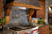 cool-stone-kitchen-backsplashes-that-wow-25