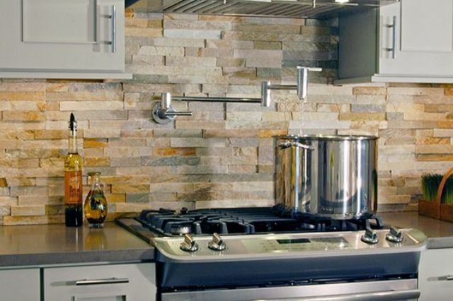cool stone and rock kitchen backsplashes that wow - Stone Kitchen Backsplash
