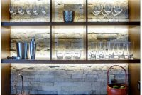 cool-stone-kitchen-backsplashes-that-wow-30