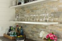 cool-stone-kitchen-backsplashes-that-wow-4