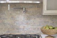 cool-stone-kitchen-backsplashes-that-wow-8