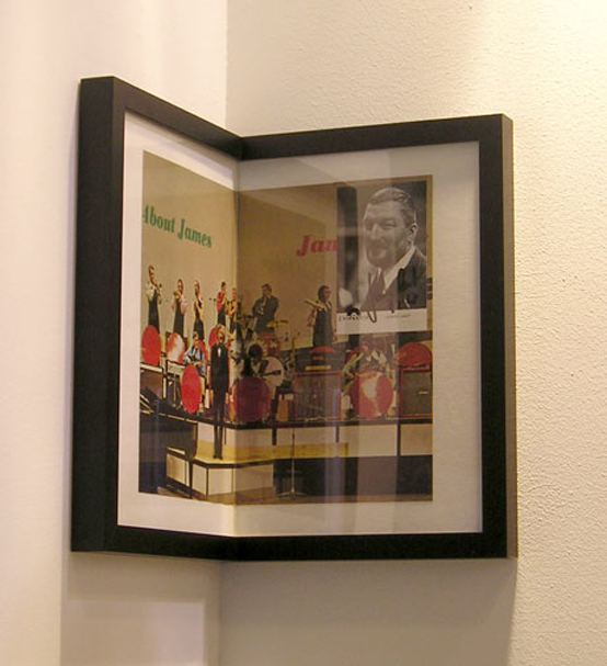 Corner picture frames by yvonne schroeder digsdigs for Picture frame corners