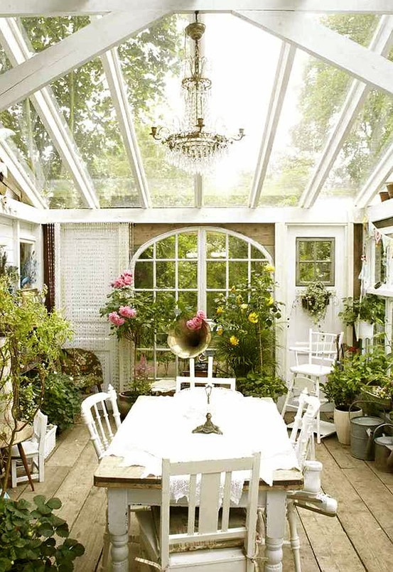 Lovely cottage-style orangery room where owners could dine from time to time.