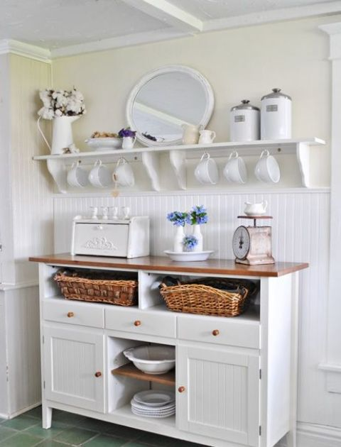 Displaying ceramic is quite popular decor idea for a farmhouse kitchen.