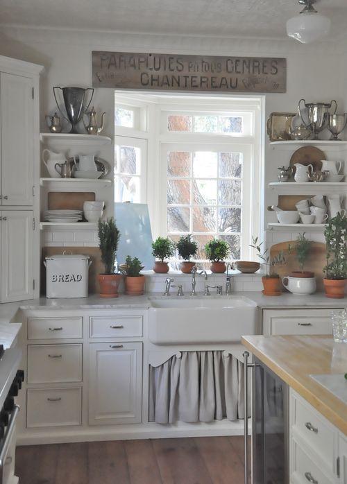 Shabby Chic Decorated Kitchens