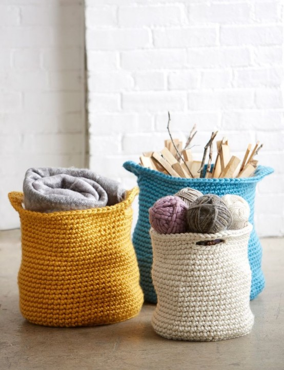 28 Cozy And Comfy Crocheted Pieces For Home Décor