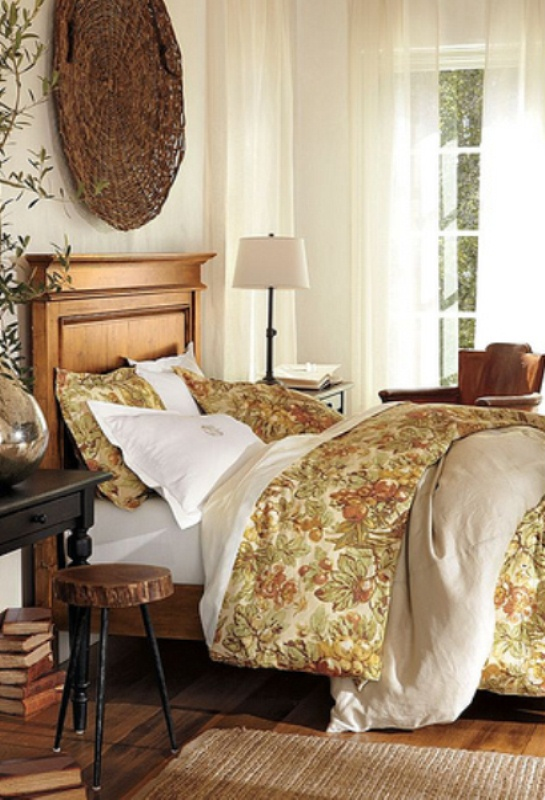 31 cozy and inspiring bedroom decorating ideas in fall for Bedroom furnishing ideas