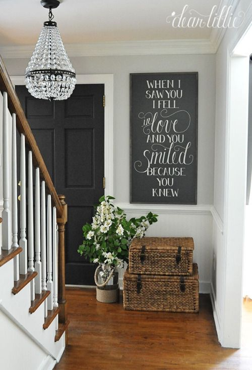 27 cozy and simple farmhouse entryway d cor ideas digsdigs for Foyer ideas pinterest
