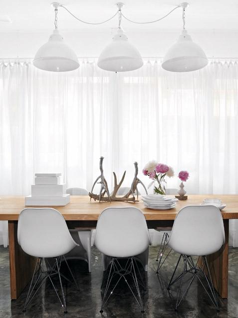 Cozy Contemporary Dining Room