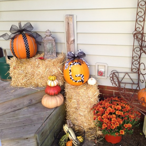 Ribbons is a great way to make pumpkins looks more interesting.