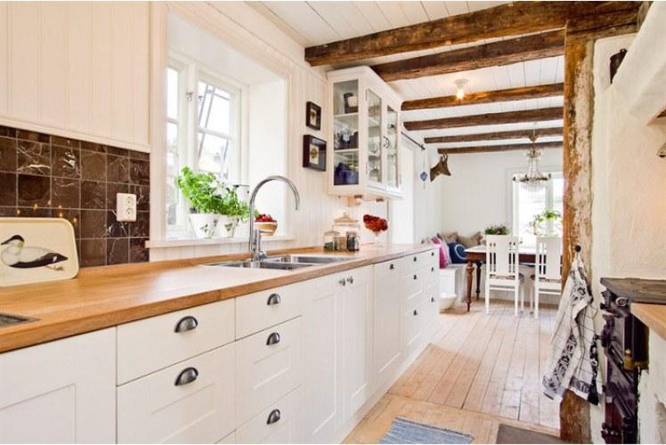 Как сделать кухню в частном доме своими