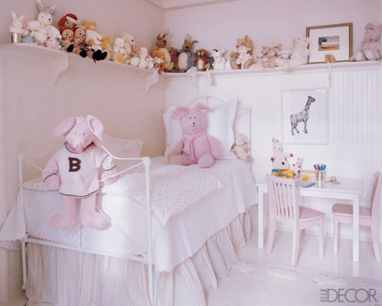 cozy neutral pinky little girl bedroom