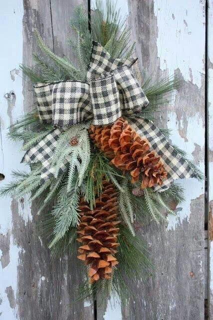 Cozy Plaid Decor Ideas For Christmas