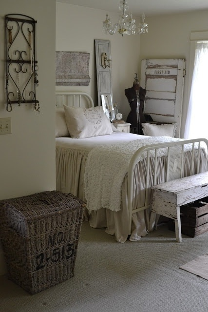 Fabulous Cozy Rustic Bedroom Designs Old shutters could be repurposed into elements of decor or even into bases for light fixtures