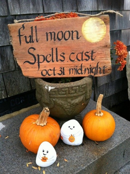 44 Cozy Rustic Halloween Decor Ideas Digsdigs