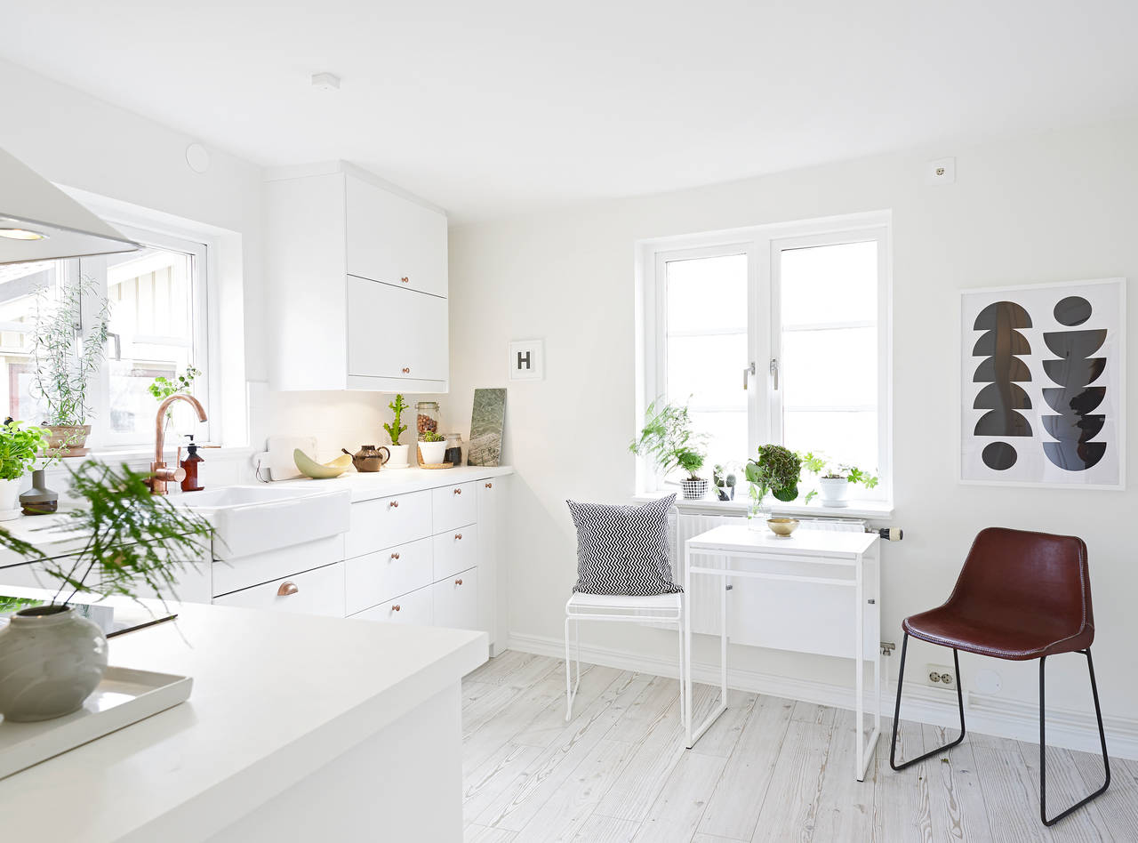 Cozy Scandinavian House With Vintage Touches