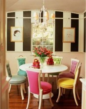 Cozy Small But Colorful Dining Area