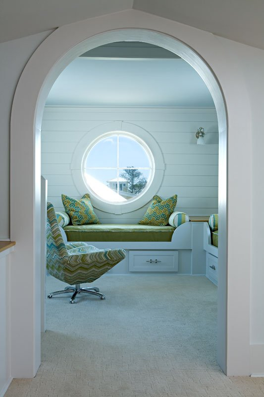 10 Cozy Sweet Built-In Window Seats