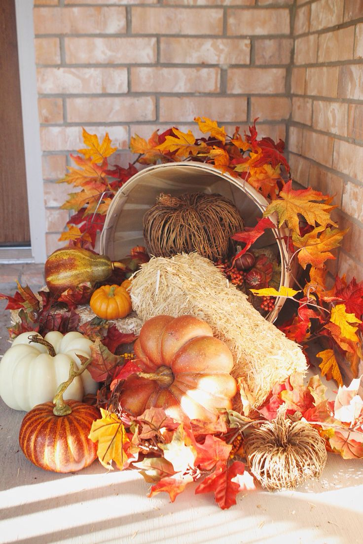 41 cozy thanksgiving porch d cor ideas digsdigs Thanksgiving decorating ideas