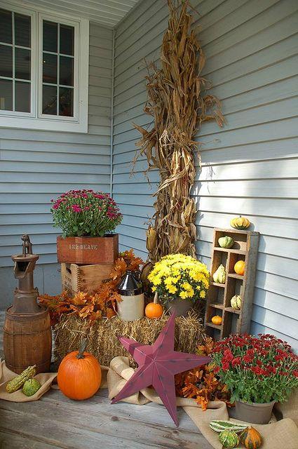 41 cozy thanksgiving porch d cor ideas interior for Thanksgiving decorating ideas 2015