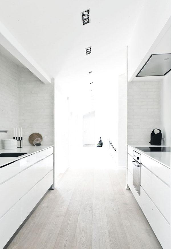 Cozy Whitewashed Floors Decor Ideas