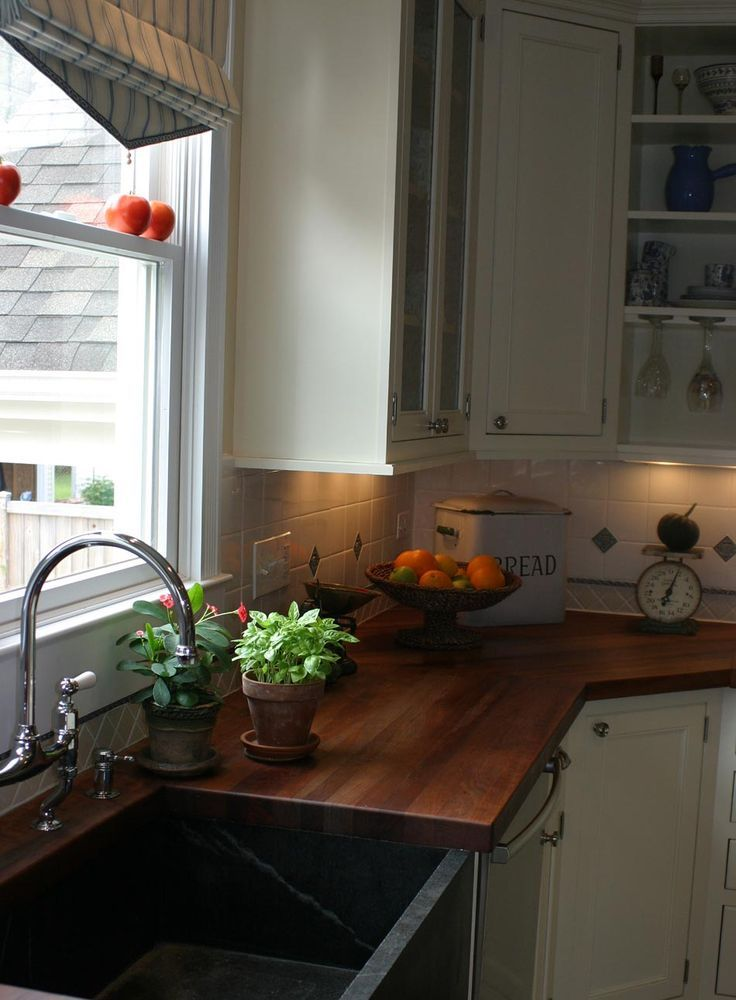 Picture of cozy wooden kitchen countertops for Cozy kitchen ideas