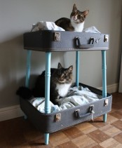 a vintage suitcase bunk bed is a stylish idea for a vintage-inspired interior and can be DIYed