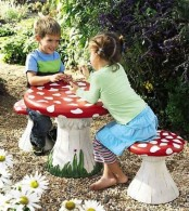 a mushroom toy furniture set outdoors is fun, creative and bold, most of kids will love to play here