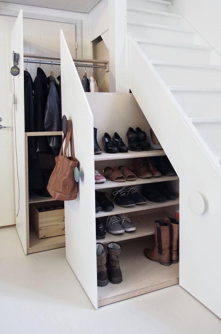 Creative clothes storage solutions for small spaces digsdigs - Creative storage solutions for small spaces plan ...