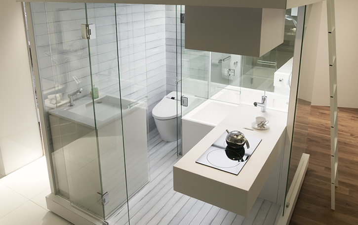Functional and compact bathroom solution for small for Bathroom designs square room