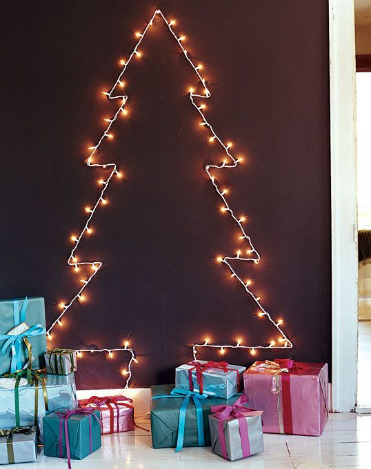 30 creative christmas dcor ideas for small spaces - How To Decorate Small Room For Christmas