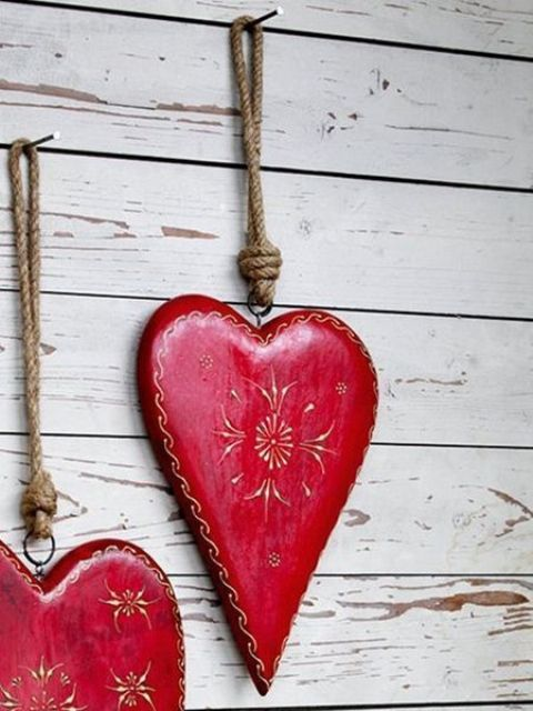 Creative Outdoor Valentine Decor Ideas