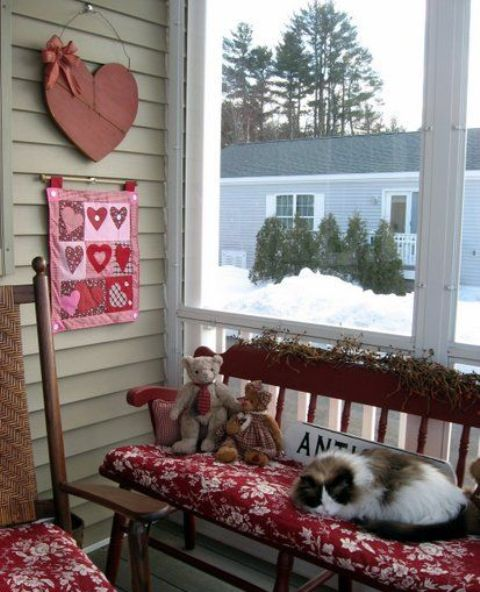 25 Creative Outdoor Valentine Decor Ideas Digsdigs