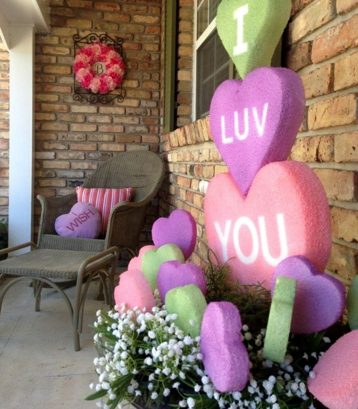 25 creative outdoor valentine d cor ideas digsdigs for Deco saint valentin