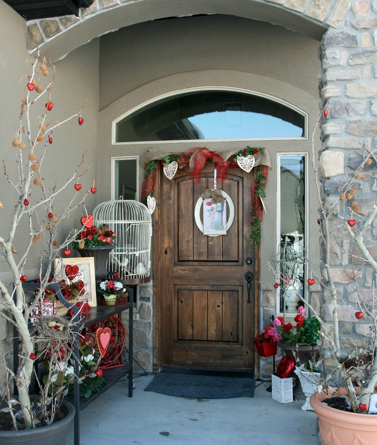 Blueshiftfiles: Outdoor Valentine Decorations