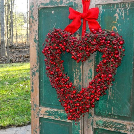 25 creative outdoor valentine d cor ideas digsdigs for Jardin decor 37