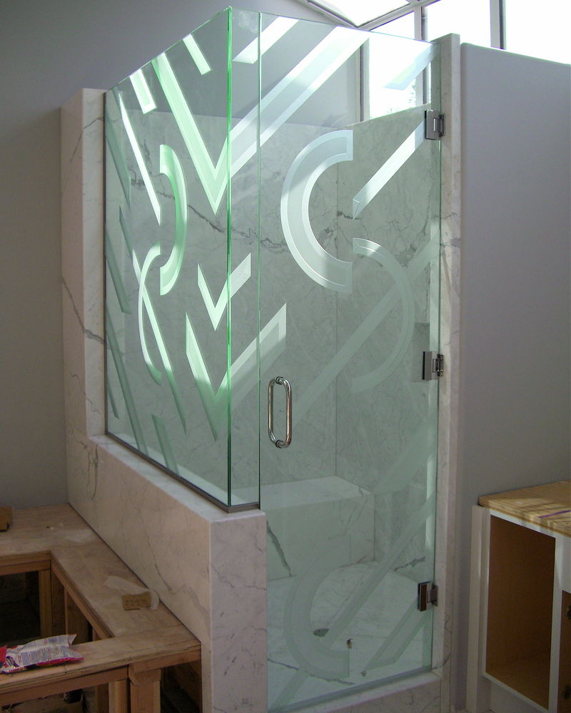 21 creative glass shower doors designs for bathrooms for Cool shower door ideas