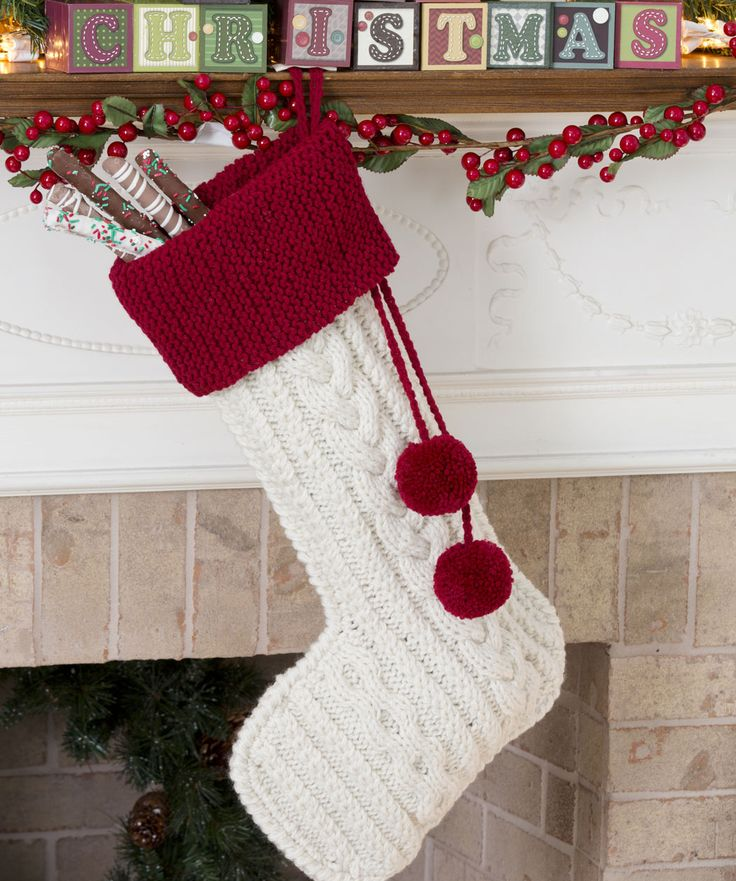 Knitting Patterns Christmas Decorations : 32 Cute And Cozy Knitted Christmas Decorations DigsDigs