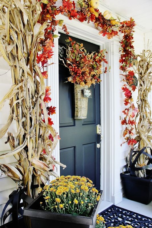 Put a Fall bouquet on your front door to welcome your guests with style.