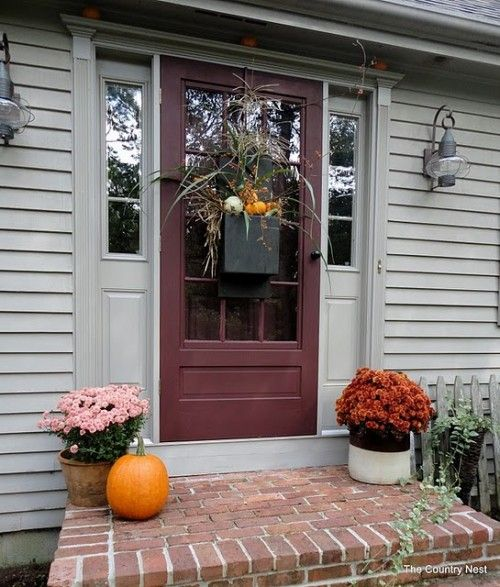 67 cute and inviting fall front door d cor ideas digsdigs for Front window ideas