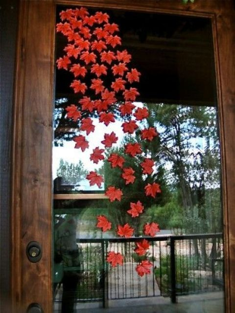 47 Cute And Inviting Fall Front Door Décor Ideas | DigsDigs