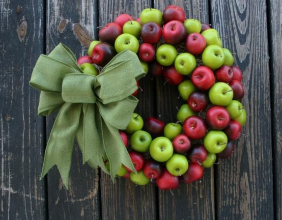 Cute And Yummy Apple Wreaths For Fall Home Decor