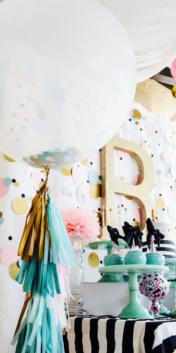 Picture Of cute balloon decor ideas for baby showers  12
